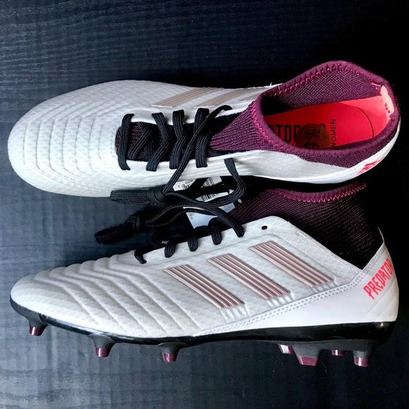c883078f18e Adidas Predator 18.3 FG Women s Soccer Cleats 9.5
